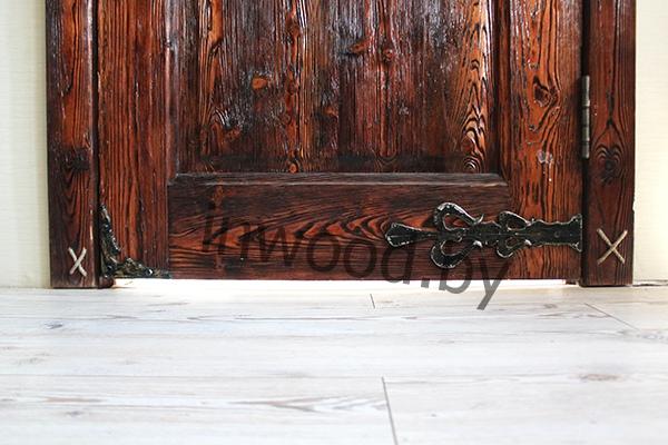 дверь в баню под старину фото