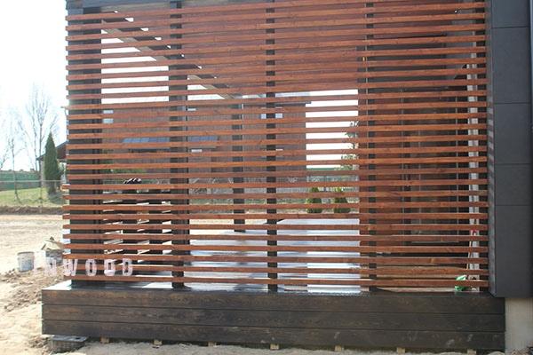 krasivoe ograzhdenie terrasu foto minsk
